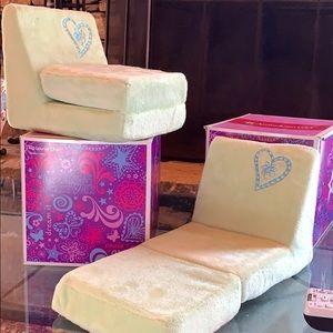 American girl flip lounge chairs